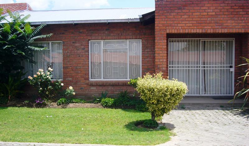 Property For Sale in Ladybrand, Ladybrand 1